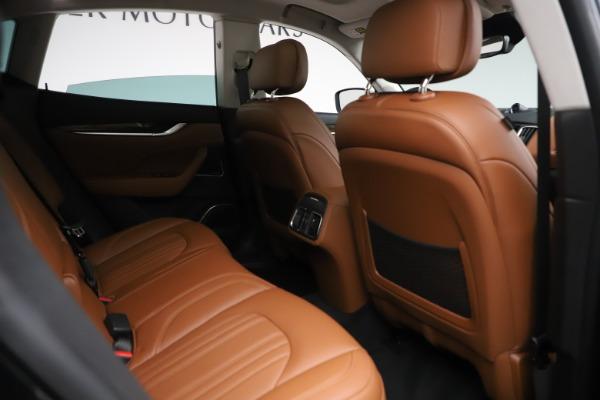 New 2019 Maserati Levante Q4 GranLusso for sale $89,550 at Alfa Romeo of Westport in Westport CT 06880 22