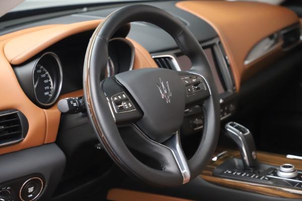 New 2019 Maserati Levante Q4 GranLusso for sale $89,550 at Alfa Romeo of Westport in Westport CT 06880 24