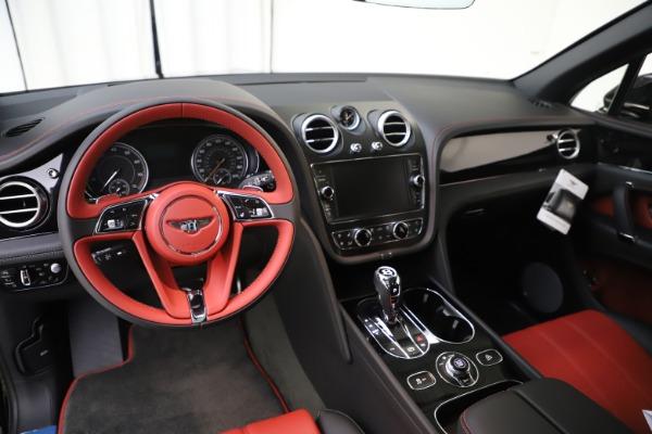 New 2020 Bentley Bentayga V8 for sale $195,265 at Alfa Romeo of Westport in Westport CT 06880 16