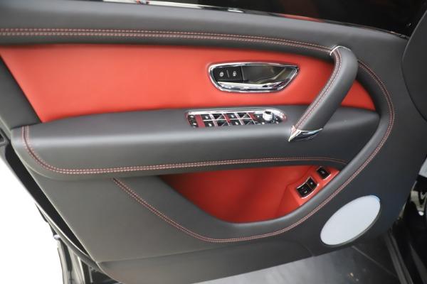 New 2020 Bentley Bentayga V8 for sale $195,265 at Alfa Romeo of Westport in Westport CT 06880 20
