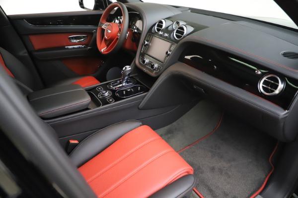 New 2020 Bentley Bentayga V8 for sale $195,265 at Alfa Romeo of Westport in Westport CT 06880 22