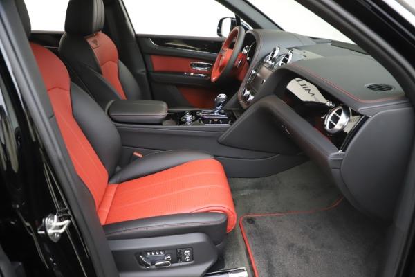 New 2020 Bentley Bentayga V8 for sale $195,265 at Alfa Romeo of Westport in Westport CT 06880 23