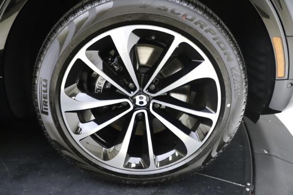 New 2020 Bentley Bentayga V8 for sale $195,265 at Alfa Romeo of Westport in Westport CT 06880 28