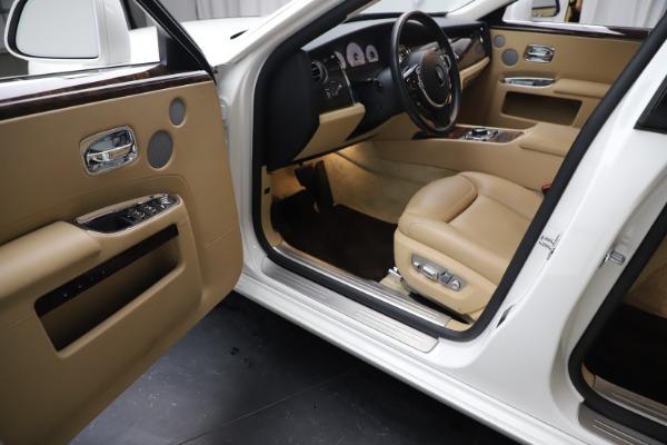Used 2015 Rolls-Royce Ghost for sale Sold at Alfa Romeo of Westport in Westport CT 06880 23
