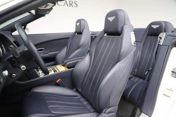 Used 2015 Bentley Continental GTC V8 for sale Sold at Alfa Romeo of Westport in Westport CT 06880 27