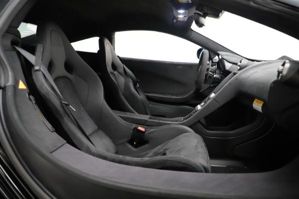 Used 2016 McLaren 675LT COUPE for sale Sold at Alfa Romeo of Westport in Westport CT 06880 17