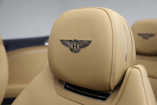 New 2020 Bentley Continental GTC V8 for sale $262,475 at Alfa Romeo of Westport in Westport CT 06880 27