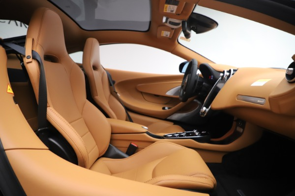 New 2020 McLaren GT Coupe for sale $245,975 at Alfa Romeo of Westport in Westport CT 06880 15