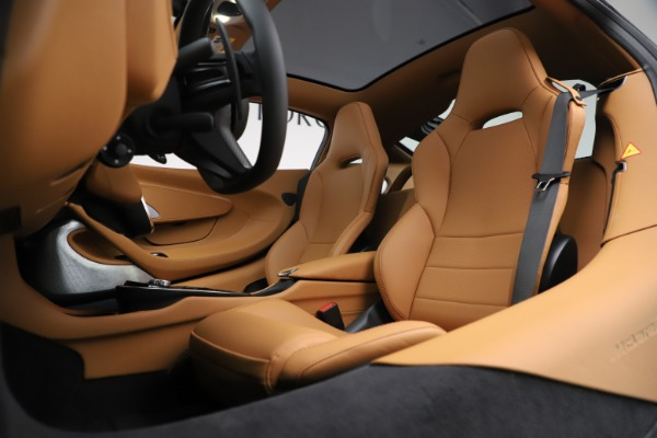 New 2020 McLaren GT Coupe for sale $245,975 at Alfa Romeo of Westport in Westport CT 06880 18
