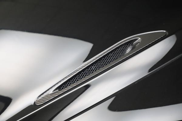 New 2020 McLaren 720S Spider Convertible for sale $383,090 at Alfa Romeo of Westport in Westport CT 06880 19