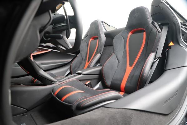 New 2020 McLaren 720S Spider Convertible for sale $383,090 at Alfa Romeo of Westport in Westport CT 06880 25