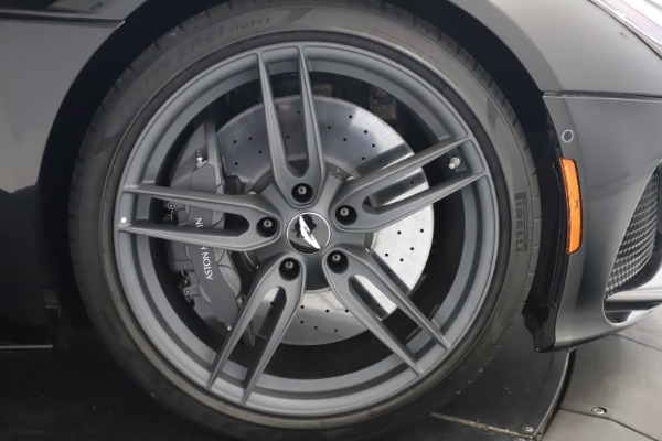 New 2019 Aston Martin DBS Superleggera Coupe for sale $336,406 at Alfa Romeo of Westport in Westport CT 06880 24