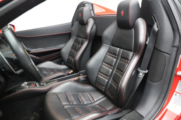 Used 2015 Ferrari 458 Spider for sale $235,900 at Alfa Romeo of Westport in Westport CT 06880 22