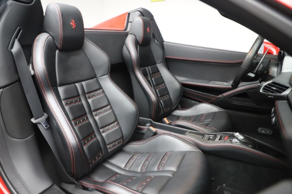 Used 2015 Ferrari 458 Spider for sale $235,900 at Alfa Romeo of Westport in Westport CT 06880 25