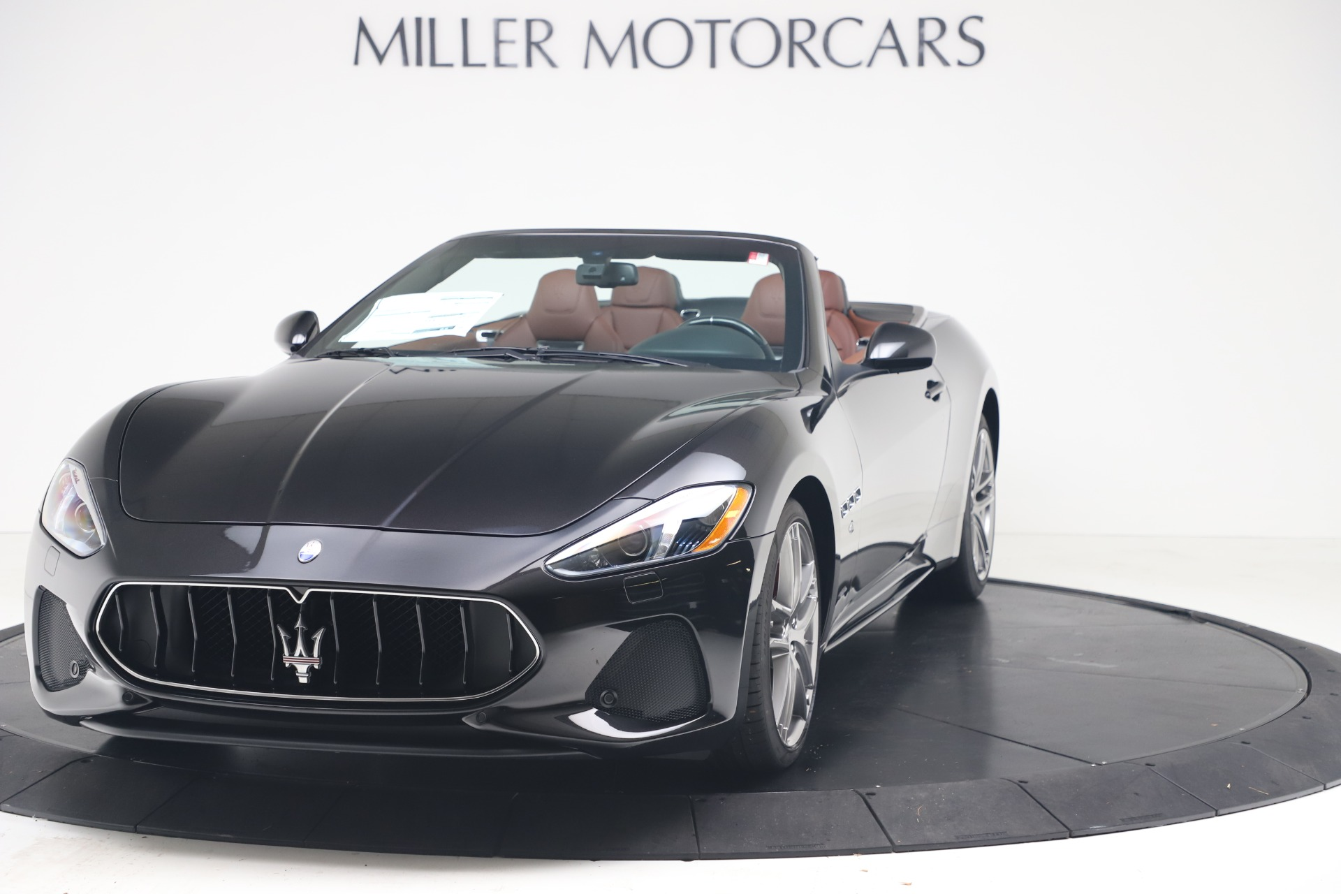 New 2019 Maserati GranTurismo Sport Convertible for sale $165,645 at Alfa Romeo of Westport in Westport CT 06880 1