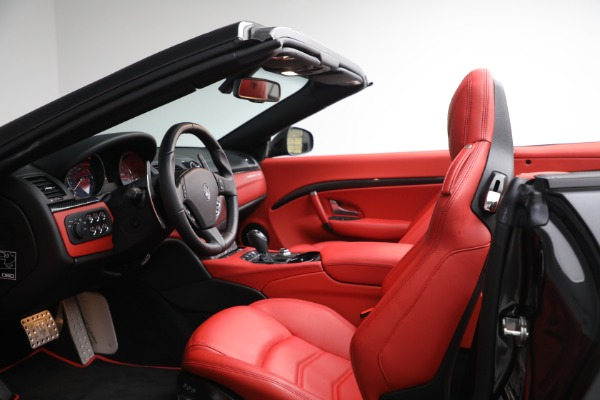 New 2019 Maserati GranTurismo Sport Convertible for sale $165,340 at Alfa Romeo of Westport in Westport CT 06880 27