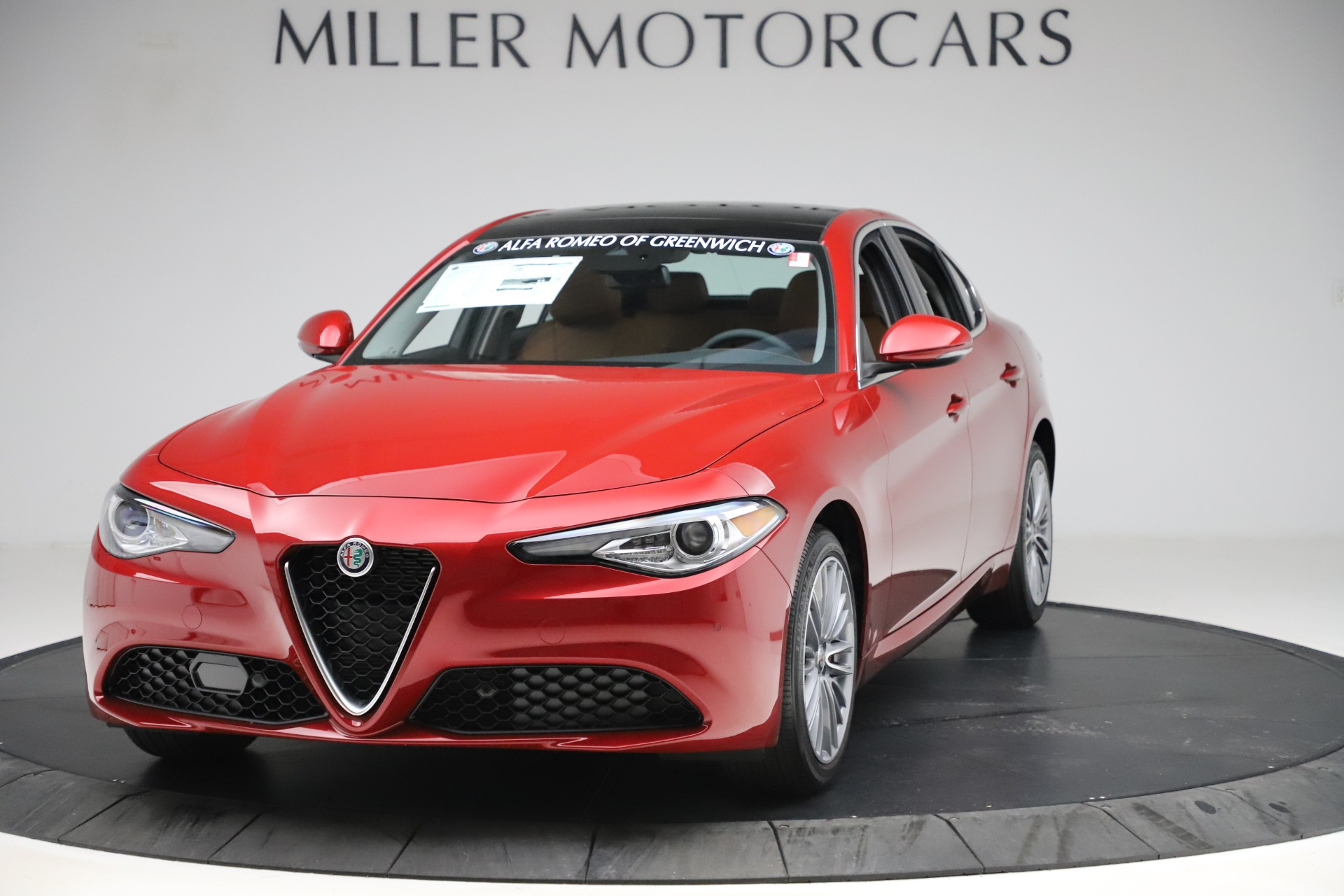 New 2019 Alfa Romeo Giulia Ti Lusso Q4 for sale $54,790 at Alfa Romeo of Westport in Westport CT 06880 1