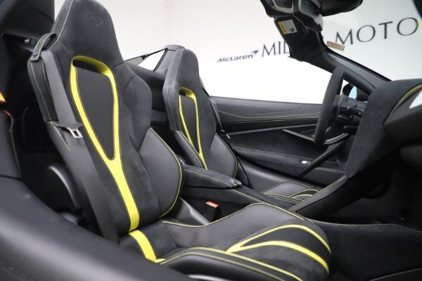 Used 2020 McLaren 720S Spider Convertible for sale Call for price at Alfa Romeo of Westport in Westport CT 06880 26