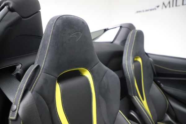 Used 2020 McLaren 720S Spider Convertible for sale Call for price at Alfa Romeo of Westport in Westport CT 06880 27