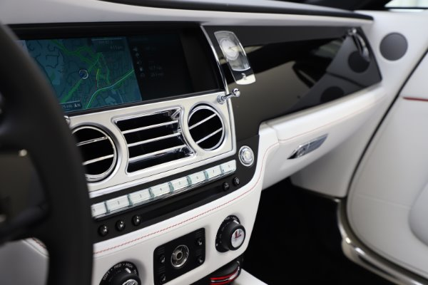 Used 2016 Rolls-Royce Dawn for sale $239,900 at Alfa Romeo of Westport in Westport CT 06880 26