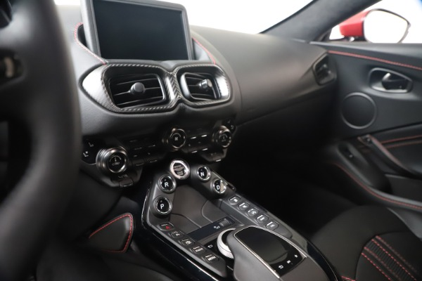 New 2020 Aston Martin Vantage Coupe for sale $195,459 at Alfa Romeo of Westport in Westport CT 06880 21