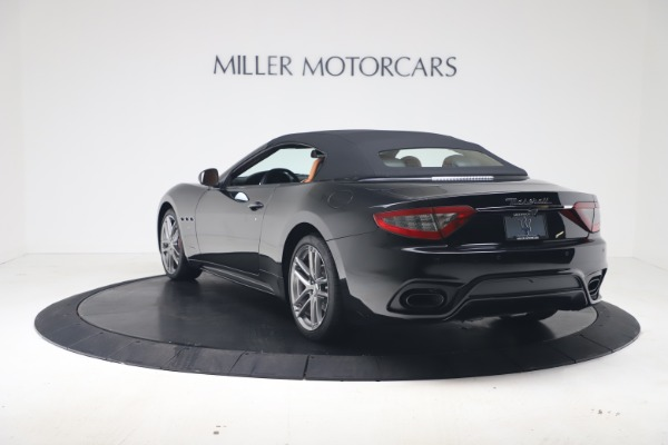 New 2019 Maserati GranTurismo Sport Convertible for sale $161,970 at Alfa Romeo of Westport in Westport CT 06880 15