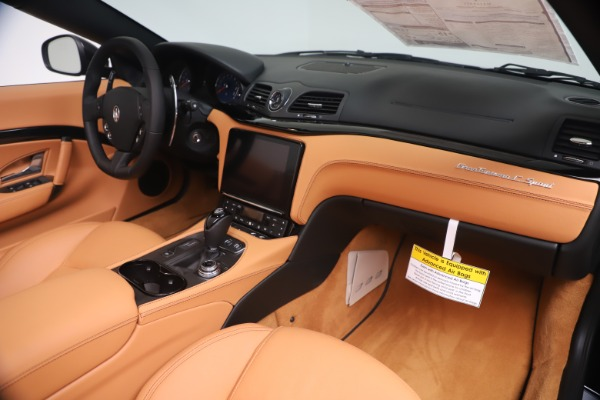 New 2019 Maserati GranTurismo Sport Convertible for sale $161,970 at Alfa Romeo of Westport in Westport CT 06880 26
