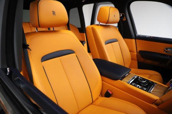 Used 2019 Rolls-Royce Cullinan for sale $329,900 at Alfa Romeo of Westport in Westport CT 06880 11