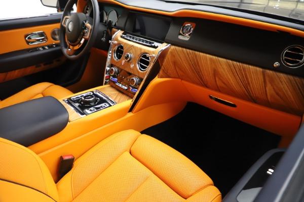 Used 2019 Rolls-Royce Cullinan for sale $329,900 at Alfa Romeo of Westport in Westport CT 06880 16