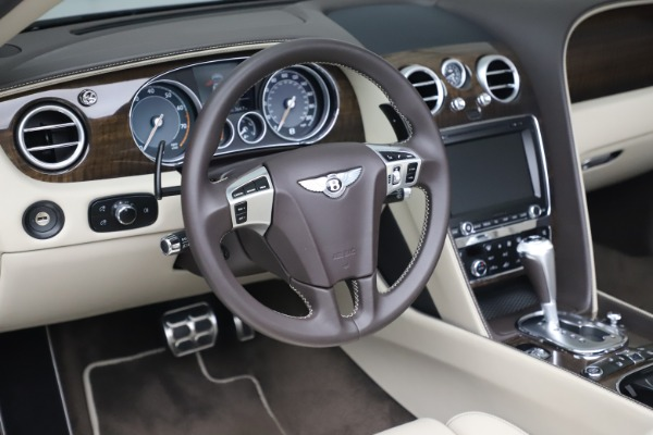 Used 2015 Bentley Continental GTC V8 for sale $114,900 at Alfa Romeo of Westport in Westport CT 06880 26