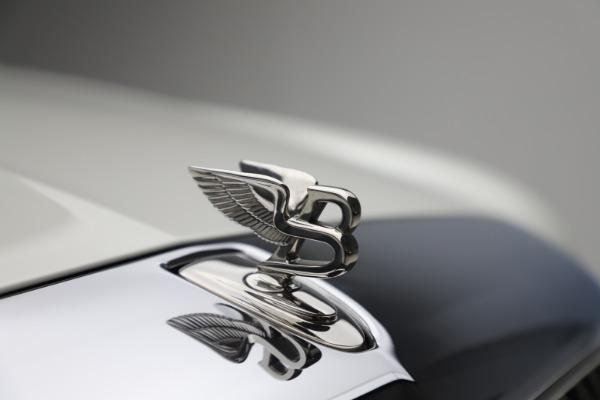 Used 2016 Bentley Mulsanne for sale $149,900 at Alfa Romeo of Westport in Westport CT 06880 14