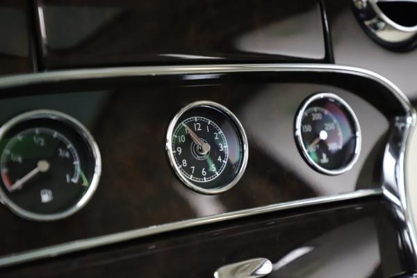 Used 2016 Bentley Mulsanne for sale $149,900 at Alfa Romeo of Westport in Westport CT 06880 25