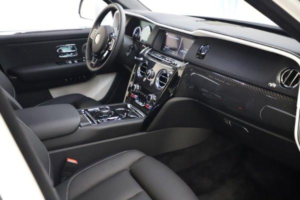 New 2020 Rolls-Royce Cullinan Black Badge for sale $451,625 at Alfa Romeo of Westport in Westport CT 06880 17
