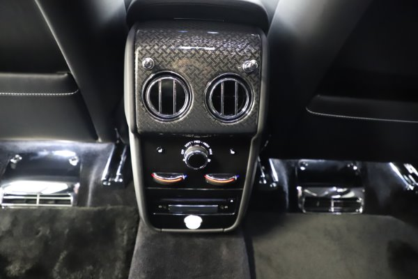 New 2020 Rolls-Royce Cullinan Black Badge for sale $451,625 at Alfa Romeo of Westport in Westport CT 06880 22