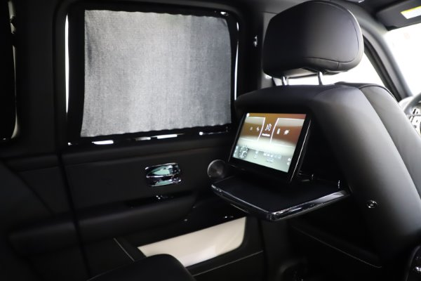 New 2020 Rolls-Royce Cullinan Black Badge for sale $451,625 at Alfa Romeo of Westport in Westport CT 06880 27