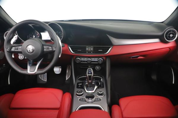 New 2020 Alfa Romeo Giulia Ti Sport Q4 for sale $56,440 at Alfa Romeo of Westport in Westport CT 06880 16