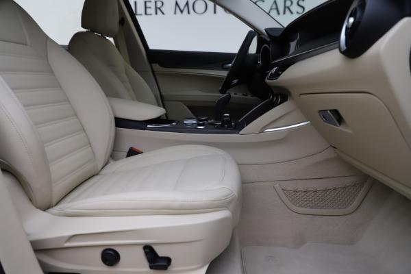New 2020 Alfa Romeo Stelvio Ti Lusso Q4 for sale $55,790 at Alfa Romeo of Westport in Westport CT 06880 23