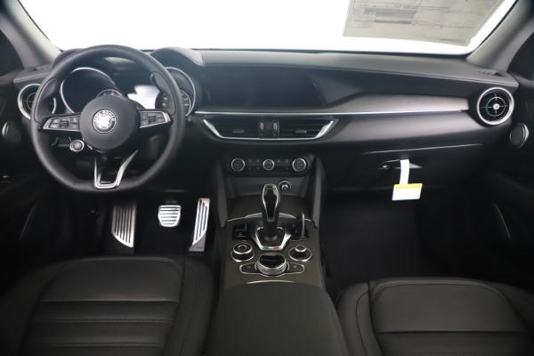 New 2020 Alfa Romeo Stelvio Ti Lusso Q4 for sale $55,790 at Alfa Romeo of Westport in Westport CT 06880 16
