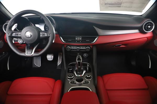 New 2020 Alfa Romeo Giulia Ti Sport Q4 for sale Sold at Alfa Romeo of Westport in Westport CT 06880 16
