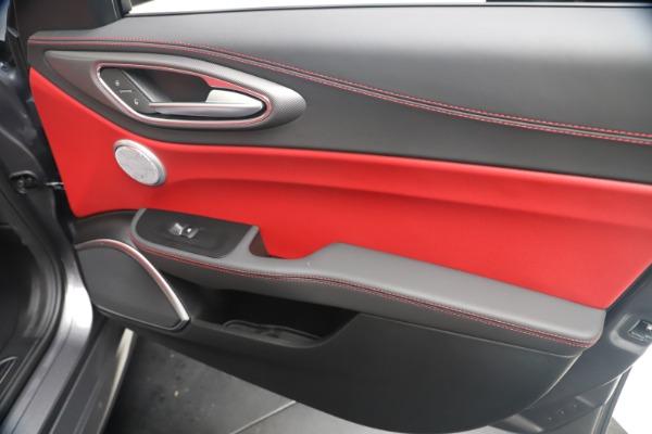 New 2020 Alfa Romeo Giulia Ti Sport Q4 for sale Sold at Alfa Romeo of Westport in Westport CT 06880 25