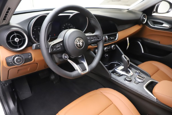 New 2020 Alfa Romeo Giulia Q4 for sale $45,590 at Alfa Romeo of Westport in Westport CT 06880 14
