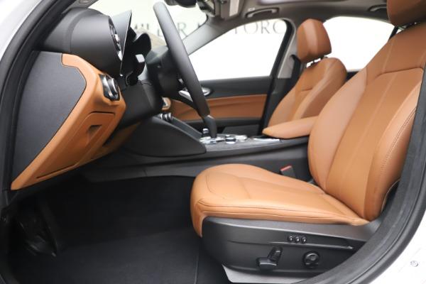 New 2020 Alfa Romeo Giulia Q4 for sale $45,590 at Alfa Romeo of Westport in Westport CT 06880 15