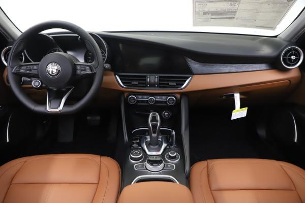 New 2020 Alfa Romeo Giulia Q4 for sale $45,590 at Alfa Romeo of Westport in Westport CT 06880 17