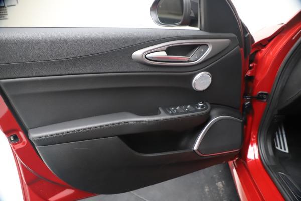 New 2020 Alfa Romeo Giulia Ti Sport Q4 for sale $56,690 at Alfa Romeo of Westport in Westport CT 06880 17