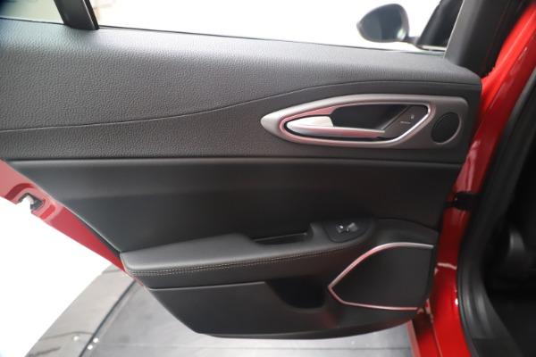 New 2020 Alfa Romeo Giulia Ti Sport Q4 for sale $56,690 at Alfa Romeo of Westport in Westport CT 06880 21