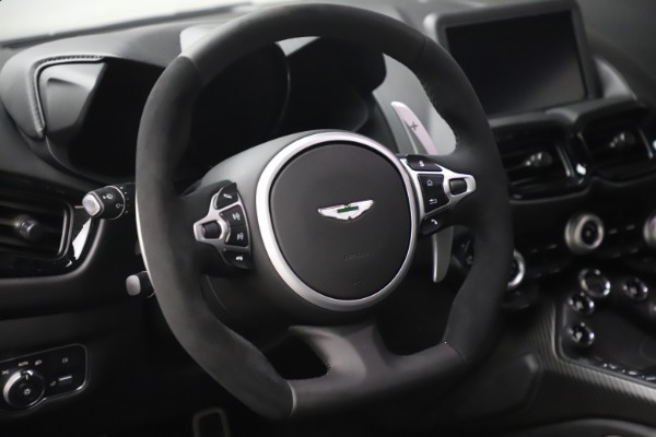 New 2020 Aston Martin Vantage Coupe for sale $184,787 at Alfa Romeo of Westport in Westport CT 06880 17