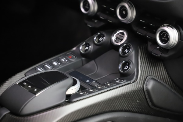 New 2020 Aston Martin Vantage for sale $184,787 at Alfa Romeo of Westport in Westport CT 06880 22