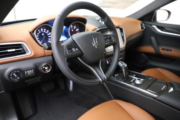 New 2020 Maserati Ghibli S Q4 for sale $79,985 at Alfa Romeo of Westport in Westport CT 06880 13