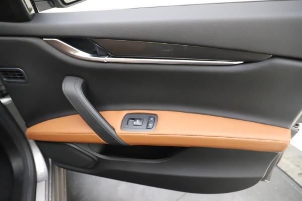 New 2020 Maserati Ghibli S Q4 for sale $79,985 at Alfa Romeo of Westport in Westport CT 06880 25