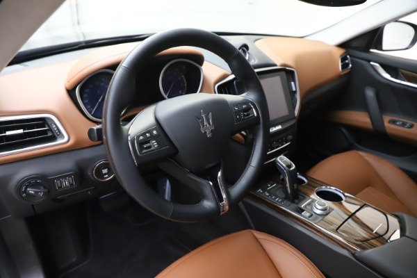 New 2020 Maserati Ghibli S Q4 GranLusso for sale $89,535 at Alfa Romeo of Westport in Westport CT 06880 13